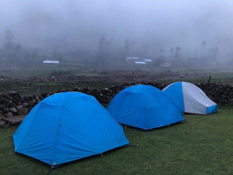 camping Lares trek